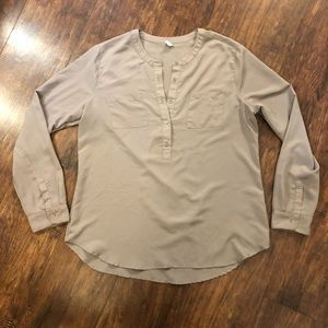 3 for $15 Taupe Old Navy Blouse T82